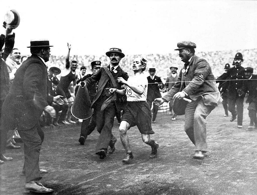 Dorando_Pietri_1908