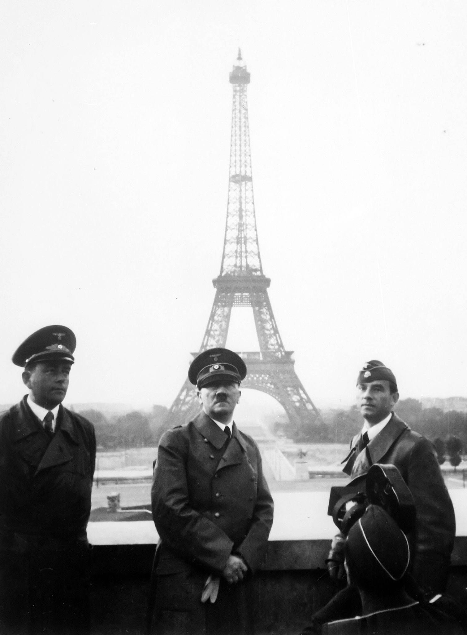 Hitler a Parigi