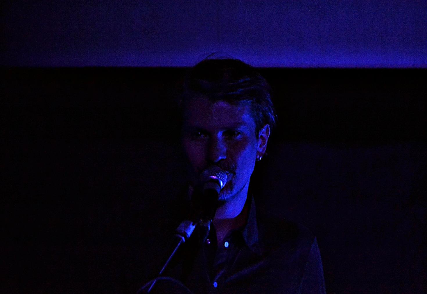 """Rodrigo D'Erasmo in """"Way To Blue"""". Foto di Simona Ricci"""