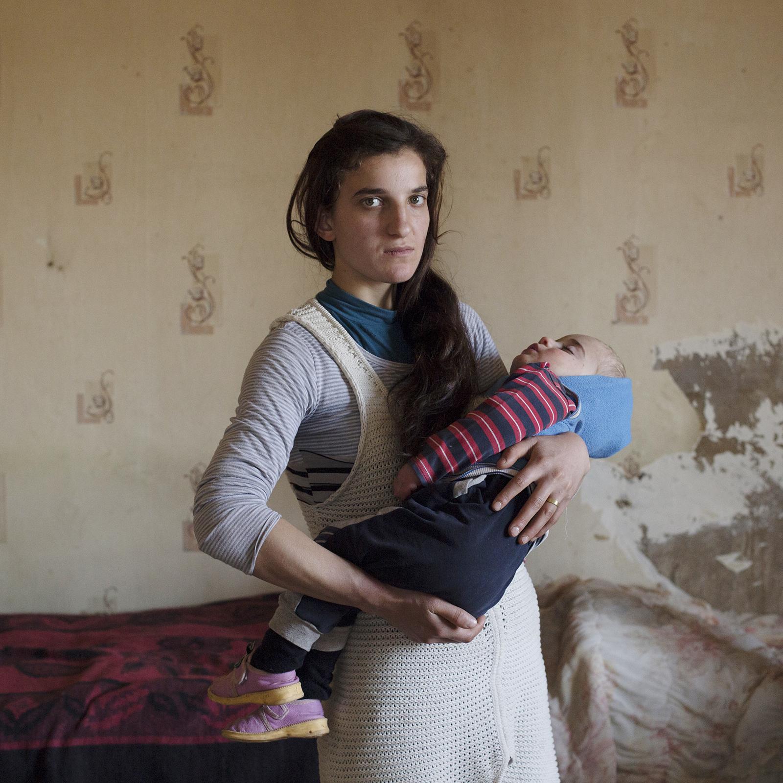 Myriam Meloni, Lost in Tradition
